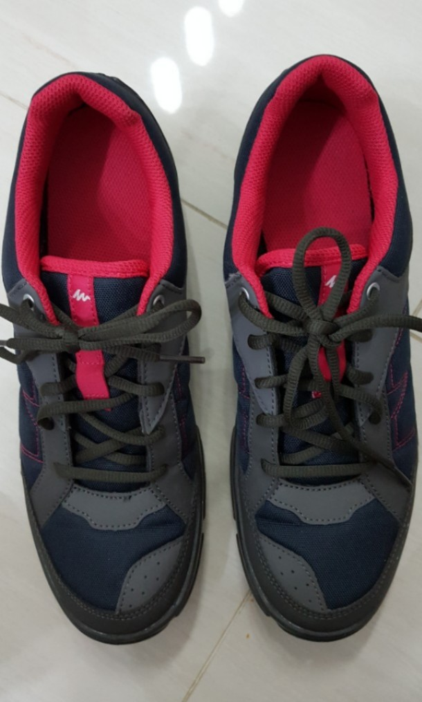magasin d'usine 8da1b 429a3 Decathlon Tracking shoes, Sports, Sports Apparel on Carousell
