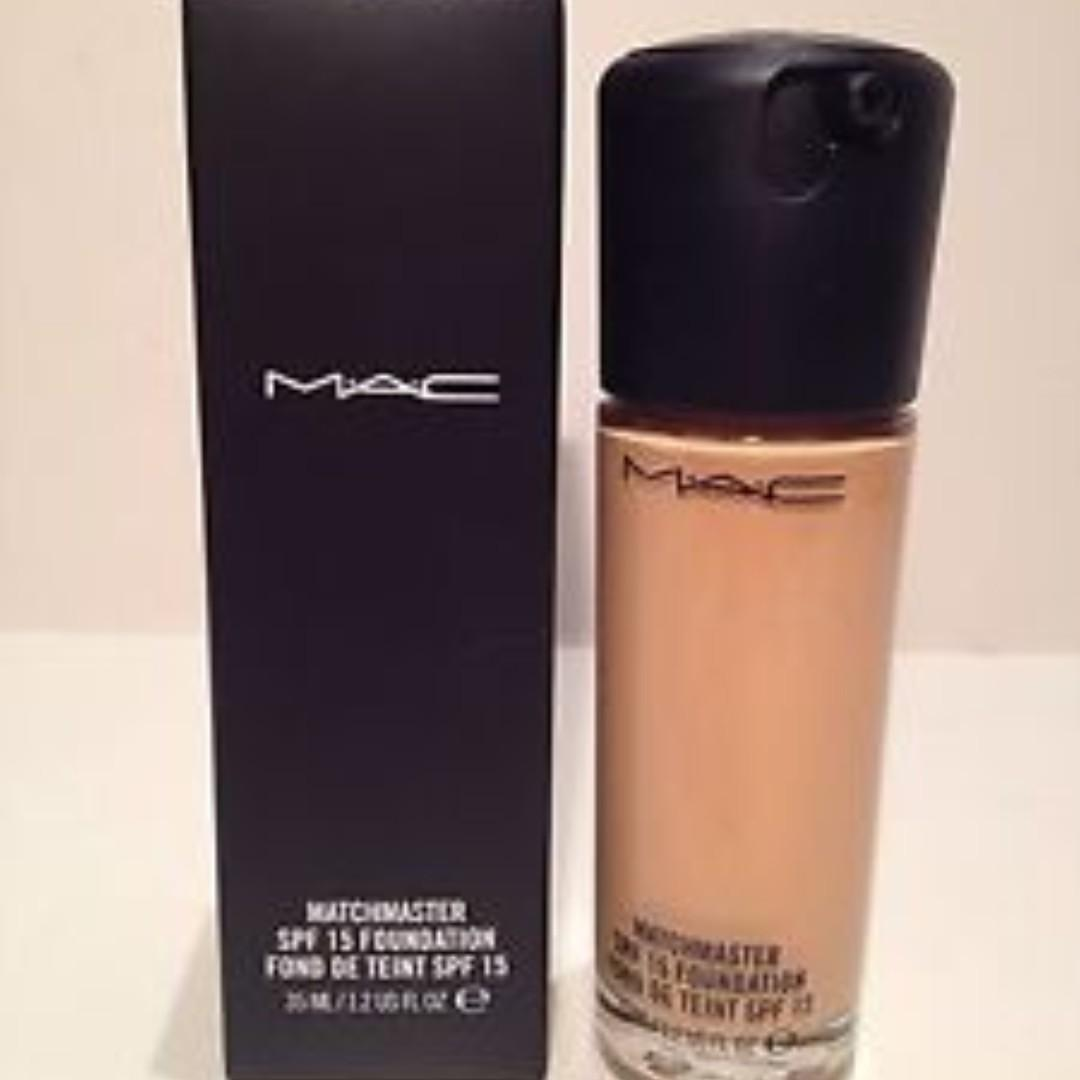MAC Matchmaster Foundation with SPF 15, Colour is #2.0. BNIB.