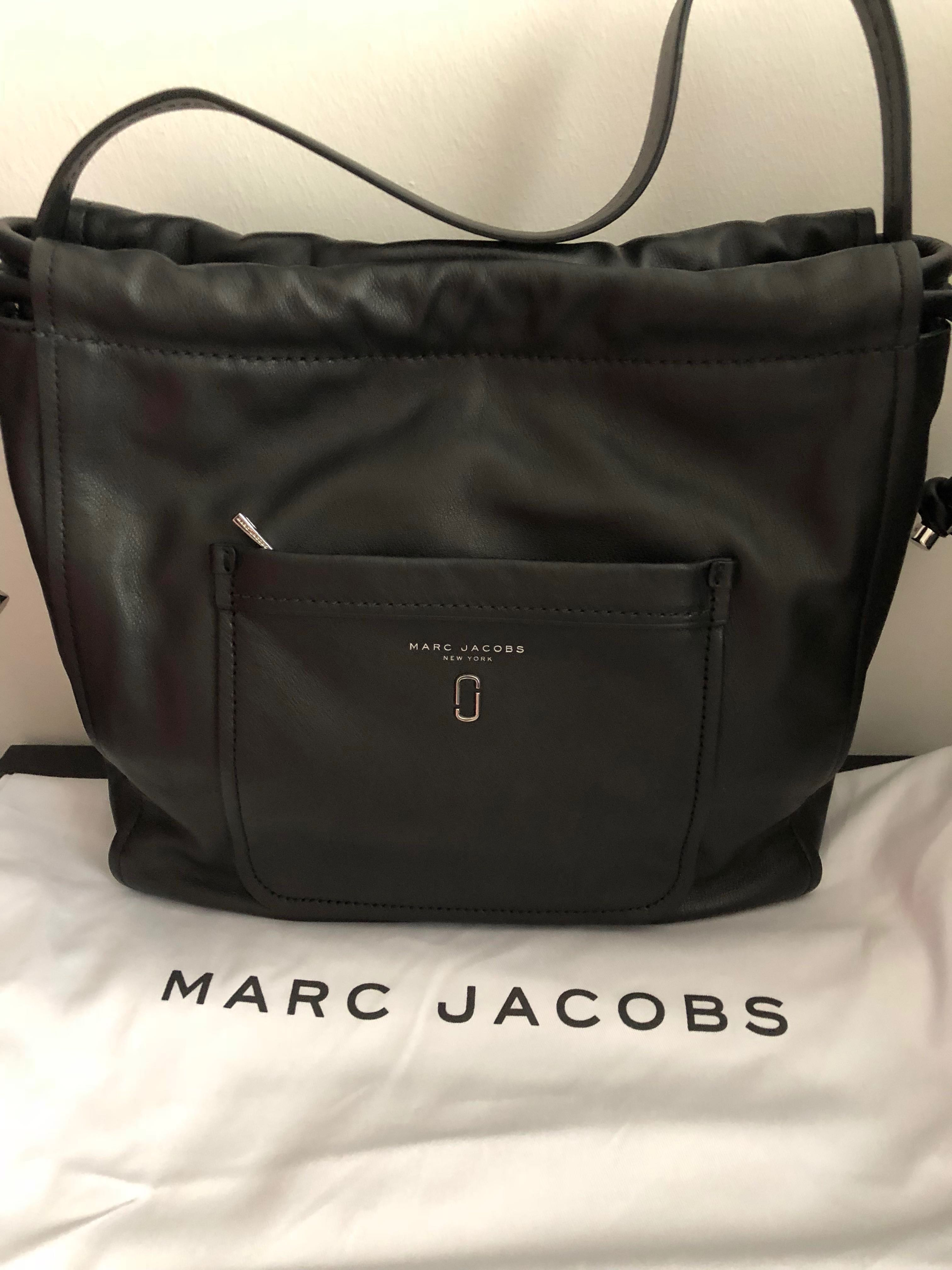 63fe75e8a38 Marc Jacobs Handbag, Women's Fashion, Bags & Wallets, Handbags on ...