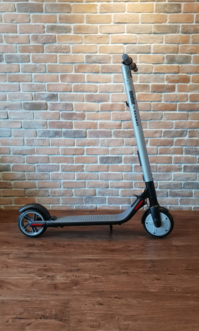 Ninebot ES2 Electric Scooter by Segway
