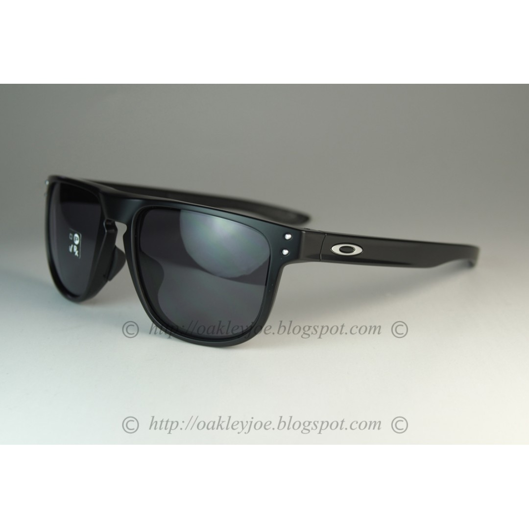 a4a58dca1fac7 Oakley Round Holbrook Asian Fit matte black + grey oo9379-0155 ...