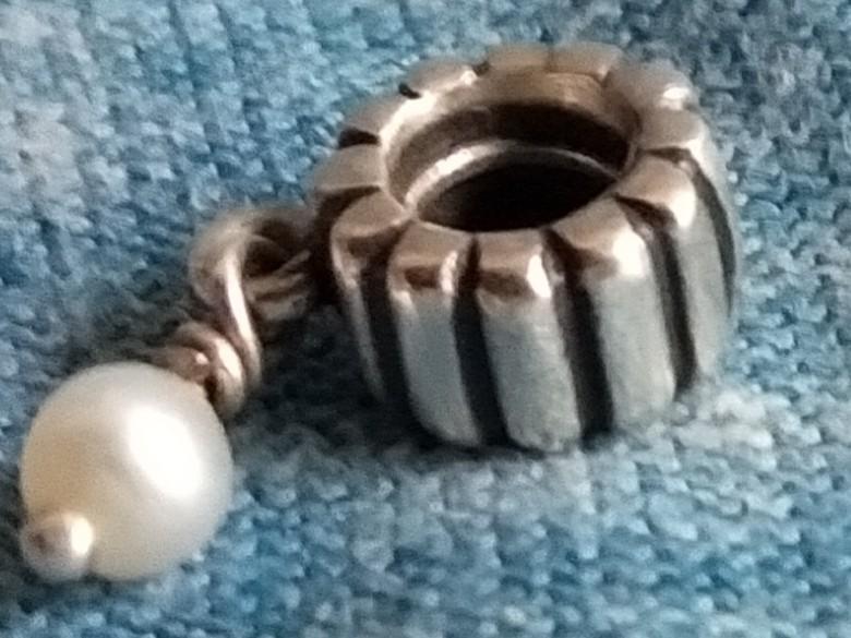 Pandora genuine silver retired Dangle Charm June / Pearl