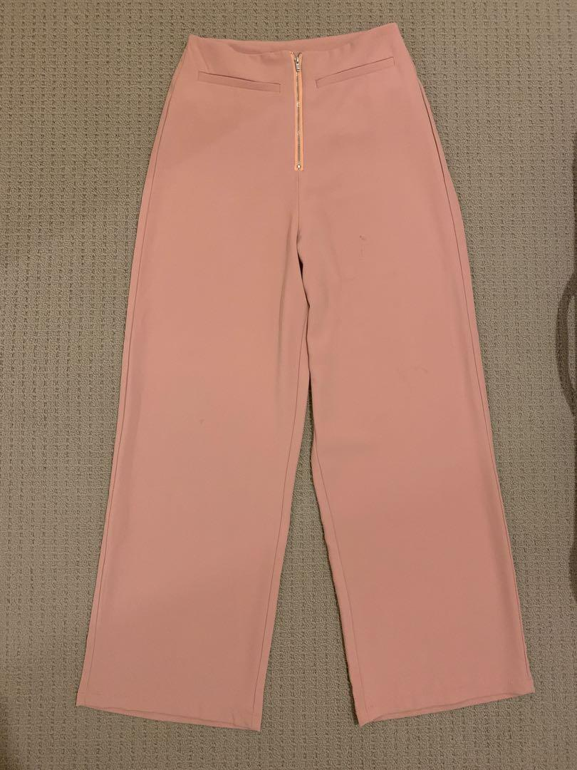 Pink wide legged workpants