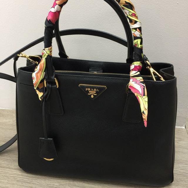 84fce9827fd6 Prada Saffiano Lux Tote Bag (Reduced $1,500), Luxury, Bags & Wallets ...