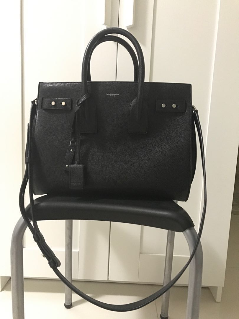 8f3fda7ee7c3 Saint Laurent Classic Small Sac De Jour Souple