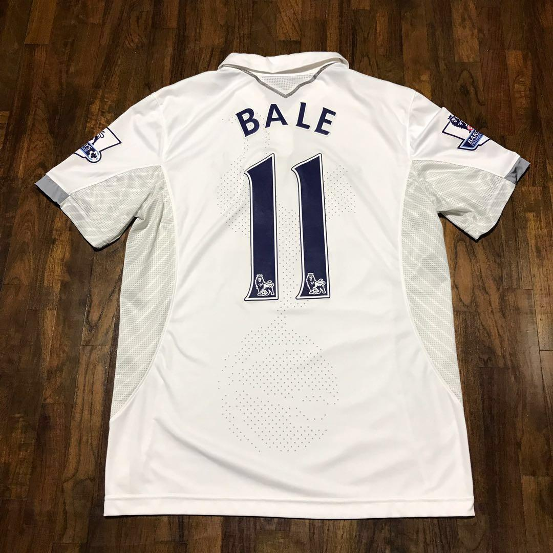 diagonal Barbero embotellamiento  UNDER ARMOUR Tottenham Hotspur 12/13 Home Jersey (Bale#11/L), Sports,  Sports Apparel on Carousell