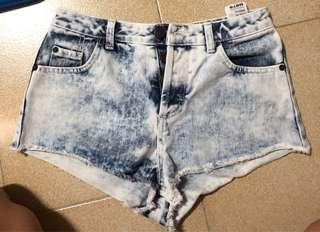 TOPSHOP Acid Wash Hugh Waisted Shorts