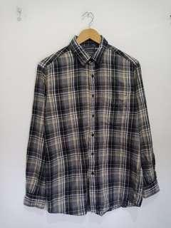 Kemeja flanel uniqlo M fit to