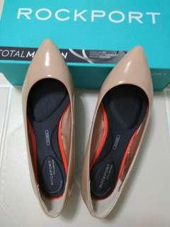 brand new rockport nude flats (total motion adelyn ballet)