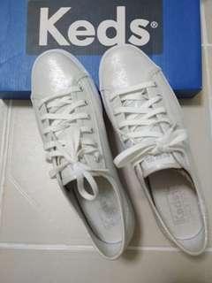brand new keds white/ silver sneakers (triple kick metallic silver)