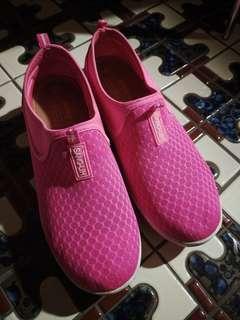 🚚 粉色增高鞋