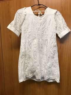 🚚 出清 近全新 正韓 雕花 氣質 白色 小洋裝