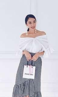 Off Shoulder Ruffles Top with Lantern Sleeve