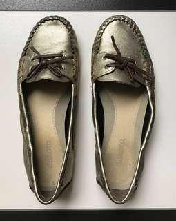 Flats / Loafer / Mocassin Female