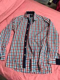 🚚 Man checked shirt