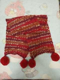 Hand-knitted Woollen Scarf with Pom Poms 手織段染純羊毛頸巾
