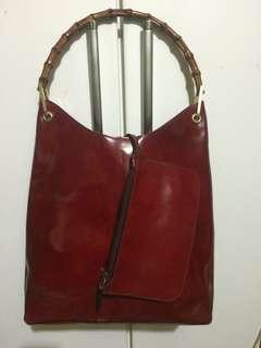 ATTIMO BLOODY RED GENUINE LEATHER BAMBOO HANDLE TOTE BAG