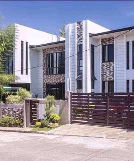 Celebrity House for sale near Robinsons antipolo along sumulong