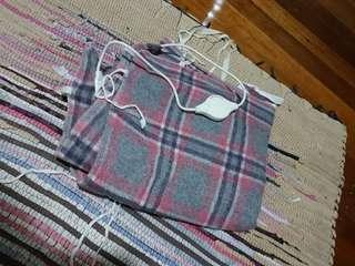 Electric blanket single