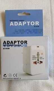 BNIB International travel adaptor