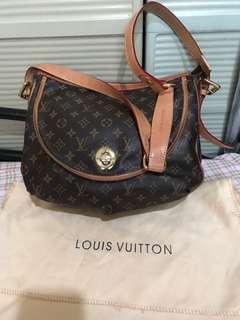 Louis Vuitton Sling