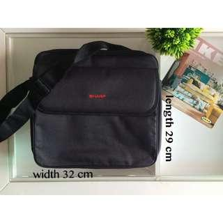 #EST50 (NEW)Padded Bag