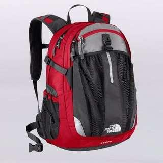 North face recon backpack daypack Chili pepper red