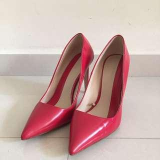 Zara Red Stiletto 37