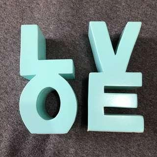 Typo Set 2 Love Bookends