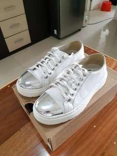 Sneakers Dr. Martens Alexei White