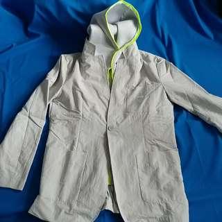 Pume detachable hood Jacket