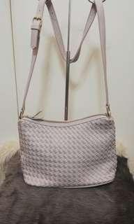 💓LULU CASTAGNETTE WOVEN SHOULDER /SLING BAG