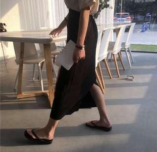 百搭黑色中長款高腰顯瘦半身裙