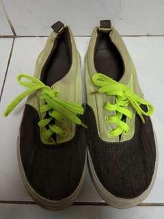 Sepatu sneakers H&M size 39