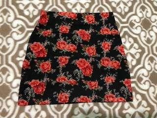 RED HEAD FLORAL SKIRT