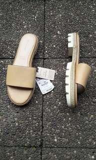 Zara nude beige leather sandal
