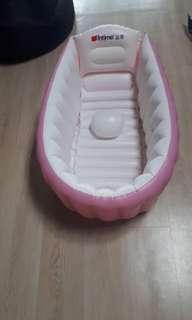 Intime baby bath / bak mandi untuk bayi