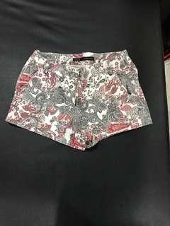 🚚 Zara basic圖騰短褲