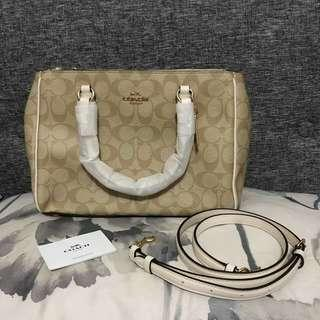 Coach Surrey Carryall - (Authentic/Brandnew)