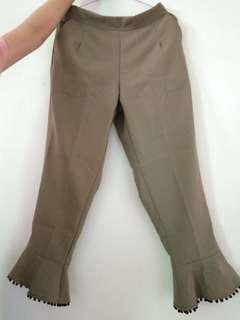 Celana Army pom-pom