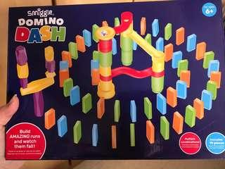 Smiggle Domino Dash