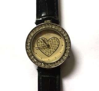 • Jam tangan guess