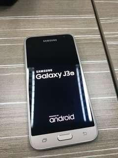 Samsung Galaxy J3 2016 (Gold) - Phone only