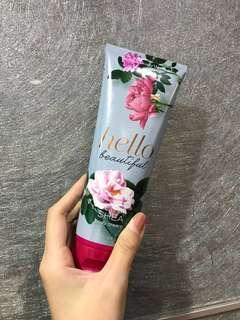 Bath & body works 身體乳液 hello beautiful