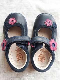 Sepatu Clarks (second)