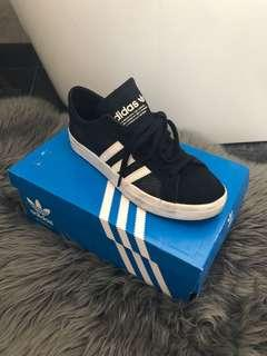 ADIDAS COURT VANTAGE BLACK and WHITE SNEAKERS