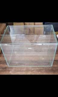 1.5 Feet Crystal Glass Fish Tank