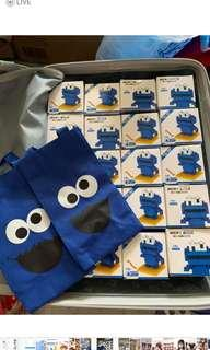 Cookies monster bricks and bag