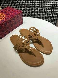 Tory burch miller thongs sandals