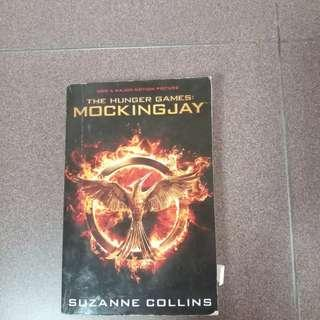 Story book - The hunger games Mockingjay
